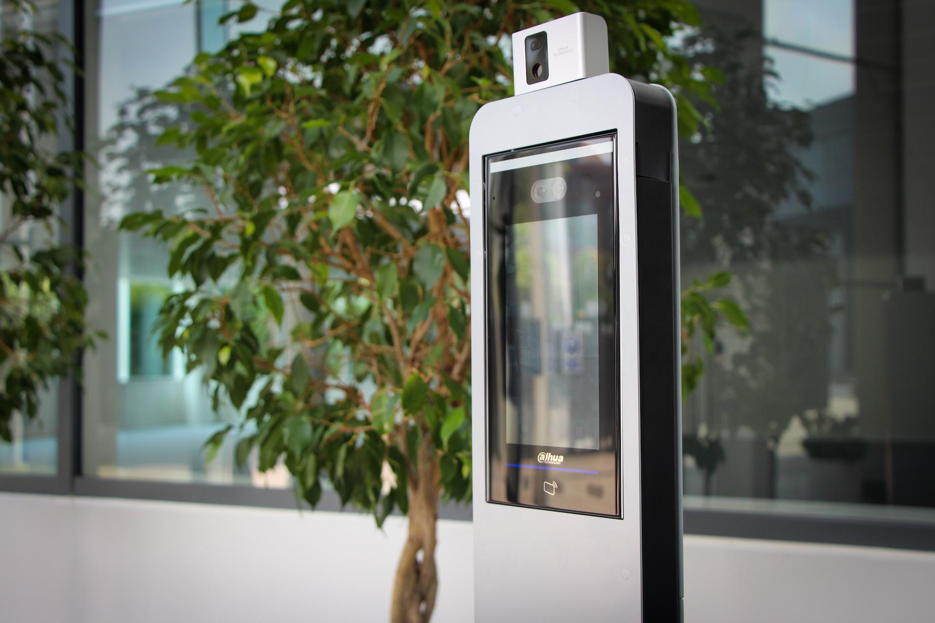 body temperature camera, temperature scanning machine, detect a high fever